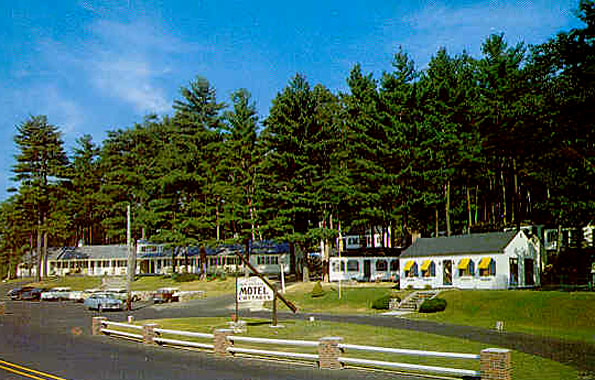 The Little Cape Codders Motel on Weirs Boulevard, circa 1955.
